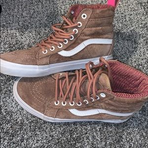 Tan van hightops